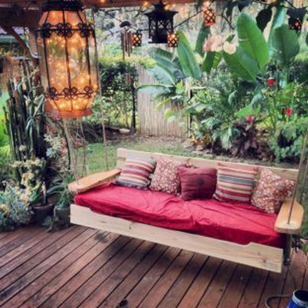 Fascinating One Day Backyard Project Ideas For Outdoor Space46